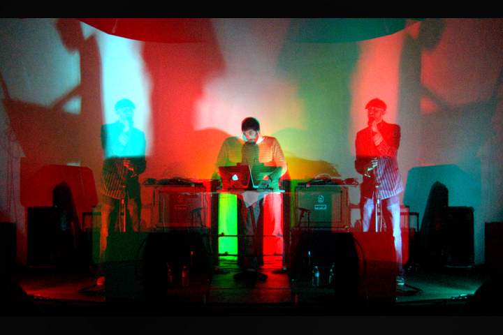"Logan Lynn (2010) LIVE at Holocene w/ ""Cars & Trains"" on beats!!!"